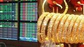 Nhiều NĐT bán chứng khoán để mua vàng