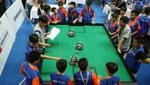 Robot Robotacon là sân chơi trí tuệ và ngày càng quy mô dành cho các em học sinh