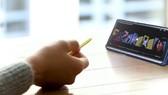 S Pen của Galaxy Note9 có khả năng điều khiển từ xa