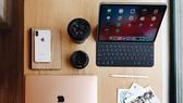 iPad Pro và Macbook Air Retina phiên bản 2018