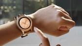 Galaxy Watch sở hữu thêm giao diện đồng hồ cơ truyền thống