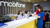 MobiFone luôn âng cao chất lượng dịch vụ để chăm sóc khách hàng