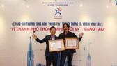 MoMo nhận 2 bằng khen và giải thưởng của UBND TPHCM