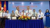 Tập đoàn cao su VN và VNPT ký kết hợp tác