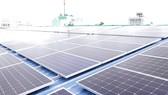 Tấm pin năng lượng mặt trời của Jet studio