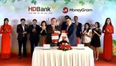 MoneyGram hợp tác HDBank cung cấp dịch vụ chi trả kiều hối tại nhà trong 3 giờ