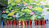 Khánh thành 2 bức tranh hoa sen tại sân bay quốc tế Nội Bài