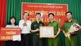 Lãnh đạo TPHCM khen thưởng các đơn vị tham gia chuyên án ma túy 218LP