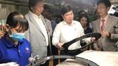Chủ tịch UBND TPHCM Nguyễn Thành Phong gặp gỡ doanh nghiệp ngành công nghiệp hỗ trợ