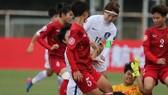 Đội Hàn Quốc (áo trắng) quá mạnh so với Việt Nam