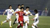Hoài Lương tiếp tục tỏa sáng trên hàng công đội TPHCM I. (ảnh: ANH TRẦN)