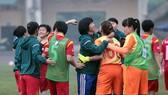 HLV Kim Chi cùng đội nữ TPHCM lần thứ 3 liên tiếp VĐQG. Ảnh: ANH TRẦN