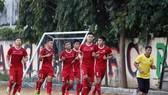 Đội U19 Việt Nam tập nhẹ vào chiều 2-7
