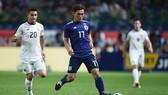 Tiền vệ Aoyama