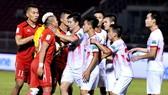 Cuộc đối đầu giữa CLB TPHCM và Nam Định ở mùa giải 2018. Ảnh: NGUYỄN NHÂN