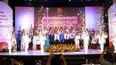 Vinh danh 37 gương Thầy thuốc trẻ nhận giải Phạm Ngọc Thạch 2019