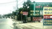 Hàng loạt điểm giao dịch nhà đất trên đường Hà Duy Phiên