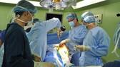 Phẫu thuật thành công 2 bệnh nhân ung thư gần 90 tuổi