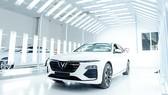 VinFast sẵn sàng bàn giao xe ô tô Lux cho khách hàng