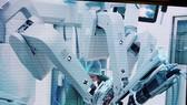 A surgery using robot at Cho Ray Hospital (Photo: VNA)