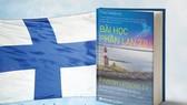 Finnish Ambassador presents books to HCM City's outstanding teachers
