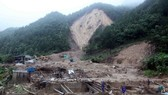 Dealing with flood consequences in Tam Duong district of Lai Chau (Photo: VNA)