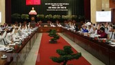 Speakers at the 18th HCM City Party Committee conference, which closed on October 16 in HCM City (Photo: VNA)