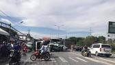 Tai nạn liên hoàn, giao thông tê liệt