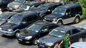 Hiến kế khoán xe công: Theo giá thị trường