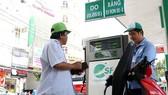 Dán tem không chống được gian lận xăng dầu