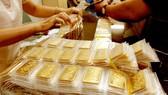 Giá vàng tăng mạnh trước cuộc họp của Fed