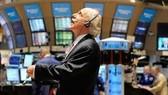 CK Hoa Kỳ 10-5: Hồi phục cùng thị trường hàng hóa