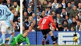 """Vòng 15 – Premier League:   Manchester City – Manchester United 0-1: """"Quỷ đỏ nuốt Man xanh"""""""