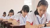 """Chung kết cuộc thi Prudential - Văn hay chữ tốt khu vực ĐBSCL: """"Cuộc sống"""", """"đất nước"""" qua đôi mắt trẻ thơ"""