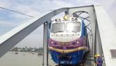 Ghenh Bridge opens to traffic, resumes north-south railway