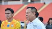 Kiatisuk Senamuang: Cần một HLV phù hợp với hệ thống