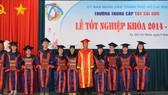 145 thầy thuốc đông y nhận bằng tốt nghiệp