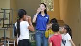 Hà Thu mang chiến dịch Mùa hè xanh đến Miss Earth 2017