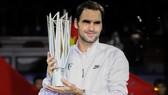 """Federer xưng bá ở """"Bến Thượng Hải"""""""