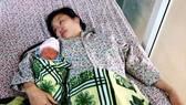 Hy hữu: Cứu sống mẹ con sản phụ bị vỡ tử cung rất nguy kịch