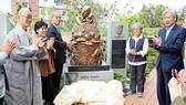 'Vietnam Pieta' bronz statute is located at St Francis Peace Center on Jeju. (Photo:VNS)