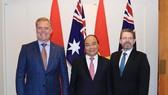PM Nguyen Xuan Phuc meets Senate, House leaders of Australia
