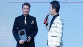 Dam Vinh Hung receives YouTube's Silver Play Button