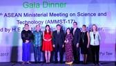 Vietnamese female scientist wins ASEAN-U.S. Science Prize for Women