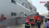 Cháy ở công ty sản xuất sơn tại KCN Yên Phong