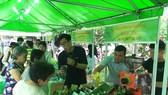 Khai mạc chợ phiên nông sản an toàn tại quận Bình Tân