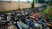 10.000 xe máy không ai nhận ở TP.HCM chờ bán sắt vụn