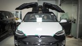 'Siêu SUV điện' Tesla Model X đầu tiên lăn bánh tại Hà Nội