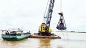 Móc ruột những dòng sông (K1): Vắt kiệt tài nguyên cát