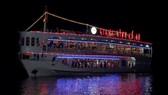 """Thuyền """"Giang Đình cổ độ"""" 2 triệu USD khai thác du lịch trên sông Lam"""